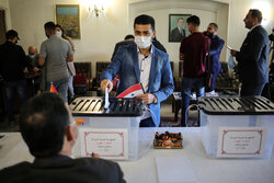 هيئة برلمانية ايرانية ستشرف على الانتخابات الرئاسية في سوريا