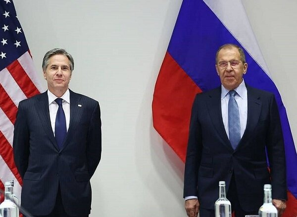 Lavrov ve Blinken ilk kez yüz yüze görüştü