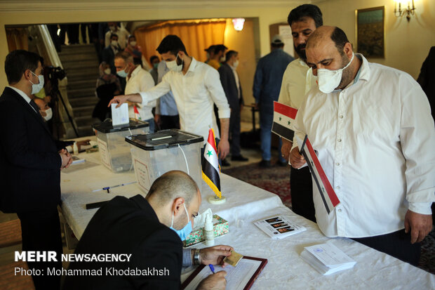 Syrian expats in Iran take part in presidential vote