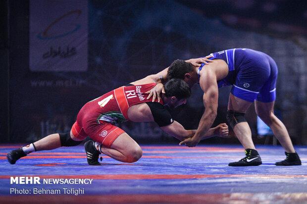ايران تحصد فضیة بطولة العالم للمصارعة الحرة للصم بتركيا