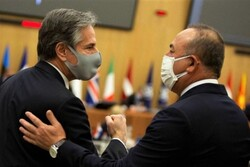 گفتگوی وزرای خارجه ترکیه و آمریکا درباره مسائل منطقه ای
