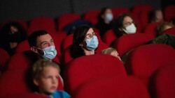 دولت مالزی به سینماداران اجازه فعالیت داد/ مالکان نمیخواهند