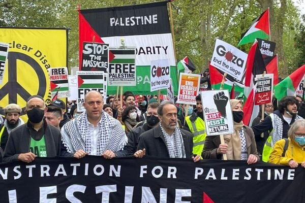 VIDEO: London hosts rallies in solidarity with Palestinians