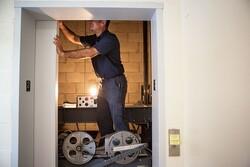 هزینه تعمیر آسانسور برای طبقات پایینی