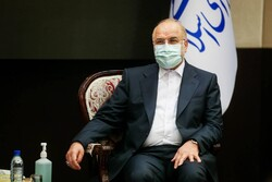 Iran seekingsecurity of international ways