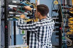 پشتیبانی از بومیسازی تجهیزات شبکه ملی اطلاعات در ابهام/ خرید خارجی «زیرساخت» جایگزین تولید !