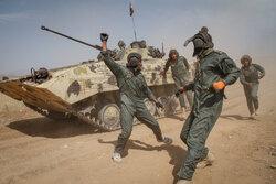 """فارس میں ایرانی فوج کی مختلف یونٹوں ميں """" اربابان آتش """" نامی مقابلہ"""