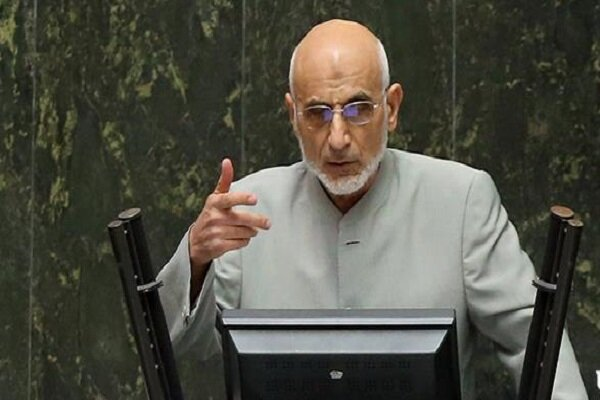 مجمع تشخیص با واردات خودرو مخالف است