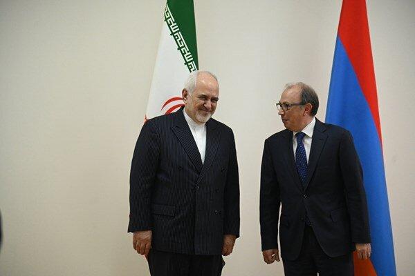 Iranian, Armenian FMs hold meeting in Yerevan