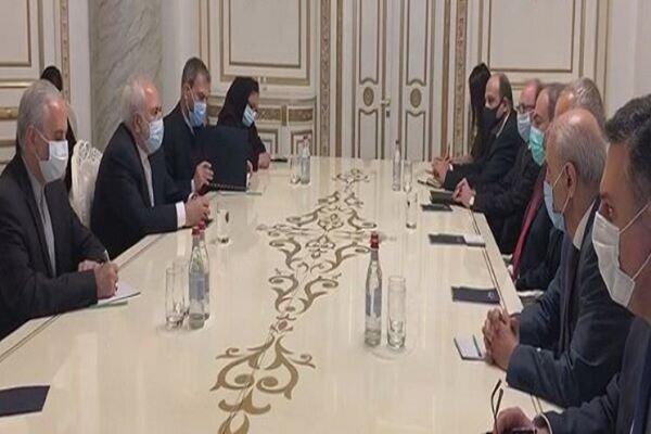 Armenian PM hosts Iranian FM in Yerevan