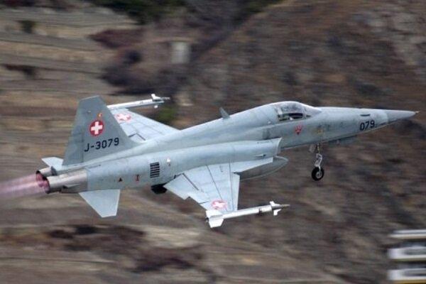 یک فروند جنگنده ارتش سوئیس سقوط کرد