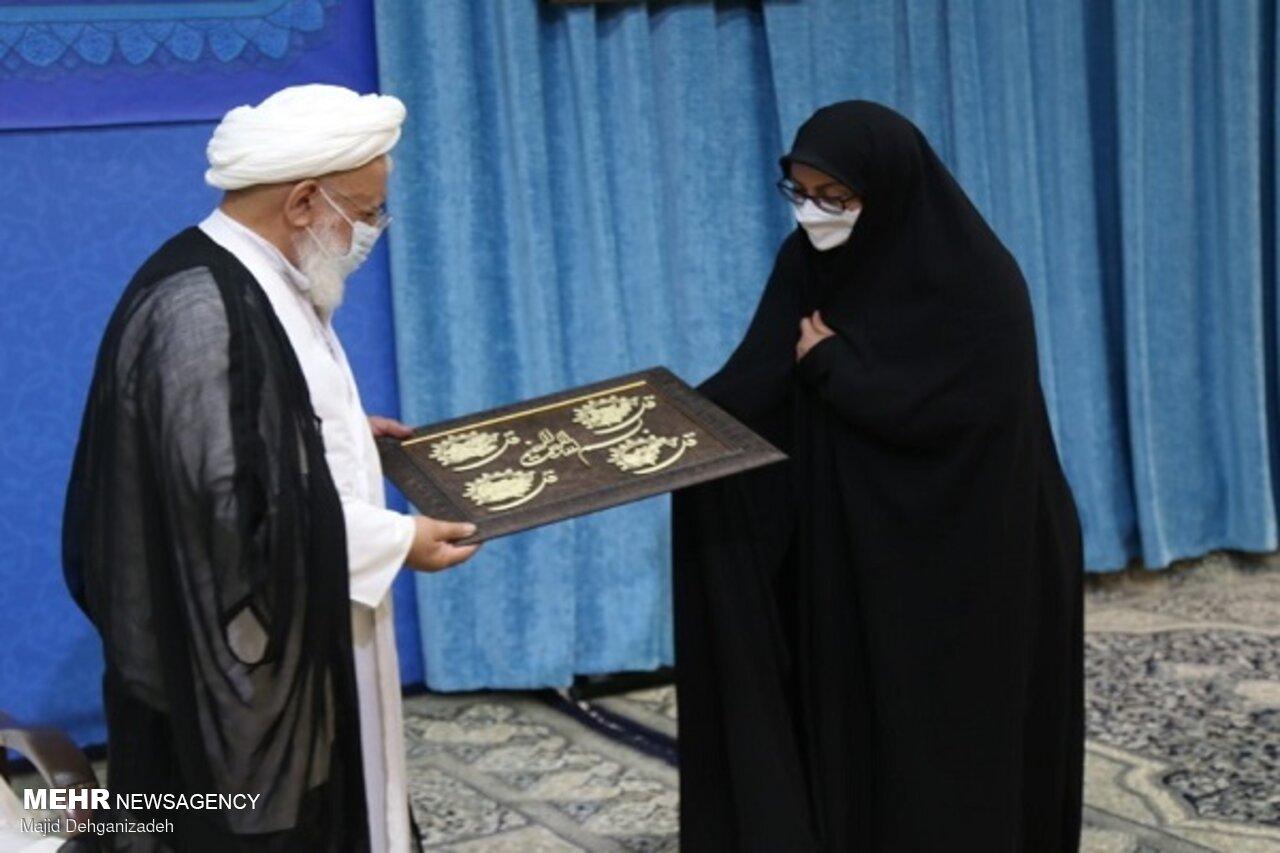 نمایندگان یزد متحد باشند/مسئولان از مشکلات مردم غافل نشوند