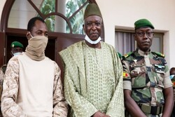 Malian transitional Pres, PM resign to be released