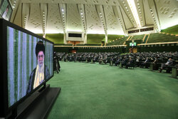 Leader's meeting with Iranian lawmakers