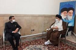 قائم مقام تولیت آستان قدس رضوی با آیت الله علم الهدی دیدار کرد