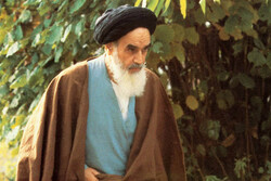 اندیشههای امام(ره) و علل شکل گیری قیام ۱۵ خرداد بررسی میشود
