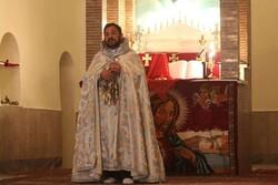 تبلیغات دشمنان تأثیری در مشارکت حداکثری نخواهد داشت/توصیه اسقف اعظم برای حضور در انتخابات
