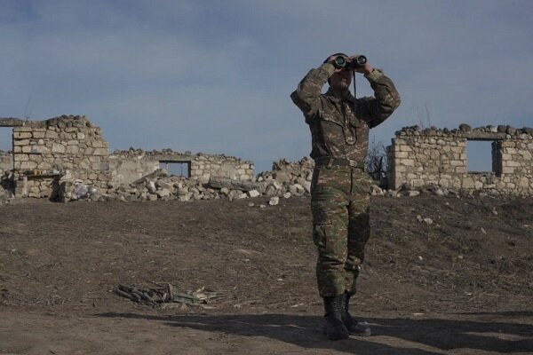 Baku backs offer of solution to Azerbaijan-Armenia border row