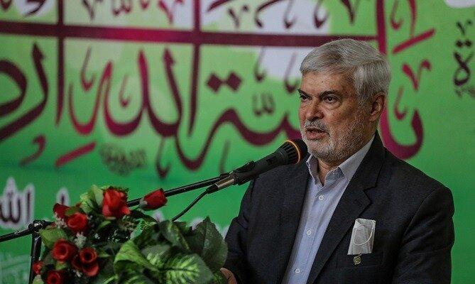 با قدرت از لیست 13 نفره شورای شهر شیراز دفاع  می کنم