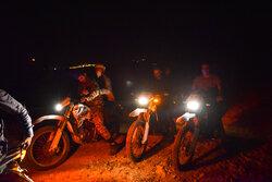 مهار آتش سوزی در پارک ملی بمو استان فارس
