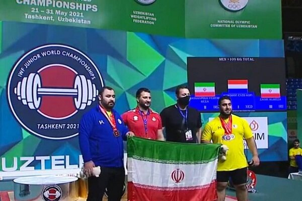Iranian weightlifters grab silver, bronze medals in W C'ships