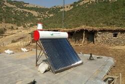 تهیه و نصب ۶۹ دستگاه آبگرمکن خورشیدی بر بام منازل روستایی دالاهو