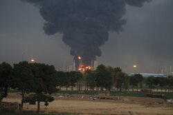 Large blaze at Tehran oil refinery