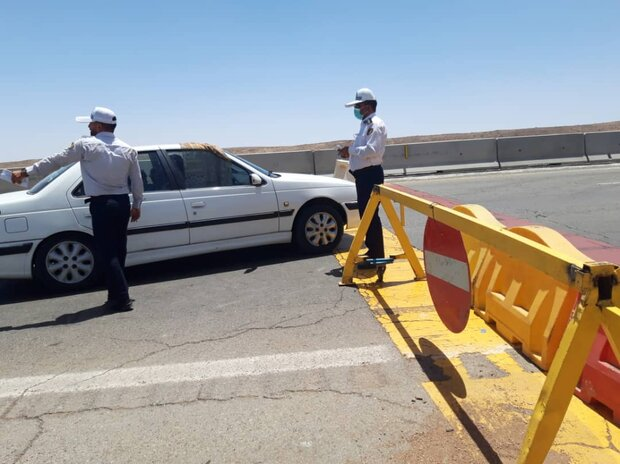 ۳۴۹۳ خودروی غیربومی از مبادی ورودی اصفهان بازگردانده شدند
