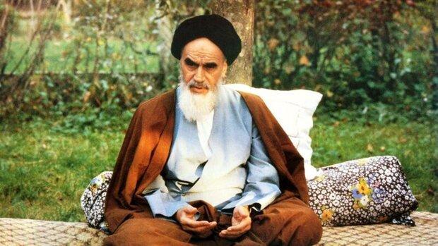 الامام الخميني جسّد برؤيته وبصيرته روح ومعاني ثورة الامام الحسين (ع) في كربلاء