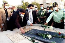 مزار شهدای ۱۵ خرداد در تهران گلباران شد
