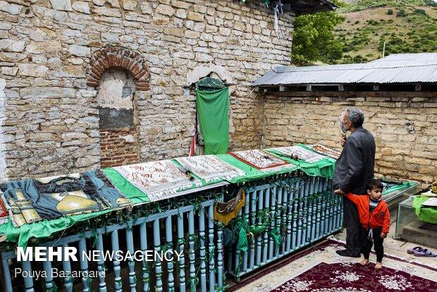 Qajar-era paintings in Babajan Darreh Tomb in Gilan prov.