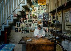 تصویر امام(ره) بر قلب بازار