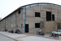 مشکلات ۱۲هزار سکنه مریمآباد روی زمین ماند/از ورزشگاه نیمه کاره تا نساجیهای مزاحم