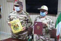Iran, Iraq border commanders discuss border security coop.