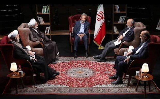 روایتی از دعوای «لاریجانی» و «احمدینژاد» در یکشنبه سیاه مجلس