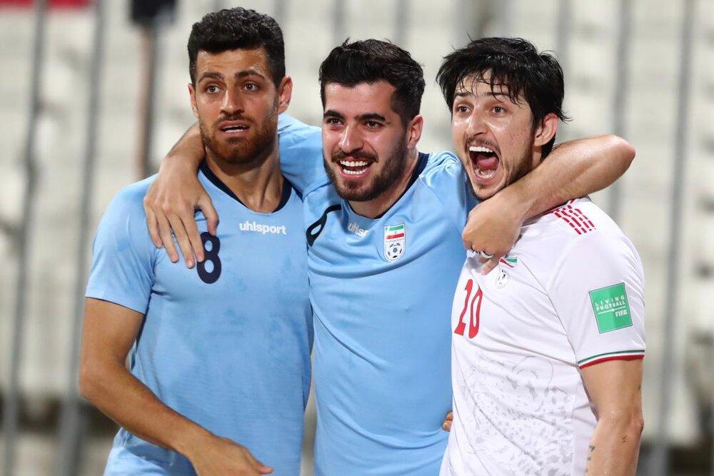 تصویری از شادی بازیکنان تیم ملی ایران در رختکن پس از بردن بحرین
