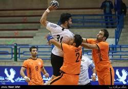 Mes Kerman handball team