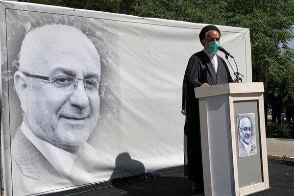 وزیر ارشاد: او دغدغه مند این بود که نسیم و عطر فرهنگ و هنر به عنوان نقطه کانونی ایران توسط هنرمندان به جهان برسد