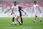 فوز ساحق للمنتخب الإيراني لكرة القدم على نظيريه الكمبودي