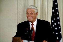 Boris Yeltsin had entourage of 'hundreds' of CIA agents