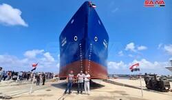 """استعدادات لتعويم السفينة السورية """"فرح ستار"""""""