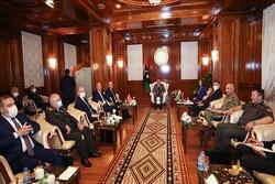 دیدار چاووشاوغلو با نخستوزیر و اعضای شورای ریاستی لیبی
