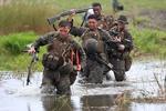 الفلبين تتراجع عن انسحابها من اتفاقية التعاون العسكري مع الولايات