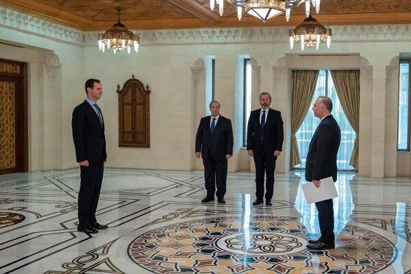 İran'ın yeni Şam Büyükelçisi, Beşar Esad'a güven mektubunu sundu