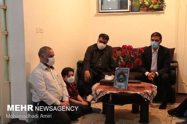 دیدار سعید محمد با خانواده شهید مدافع حرم شهید حسین علیخانی