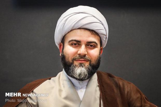 حضور حجتالاسلام قمی در همایش بانوان نخبه همدان