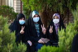 حضور حماسی ۱۶ هزار رای اولی خراسان جنوبی/ شور و حال اولین مشارکت