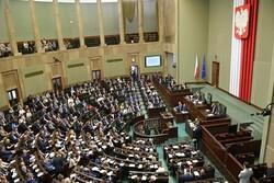 تشکیل جلسه اضطراری دولت لهستان برای رسیدگی به حملات سایبری