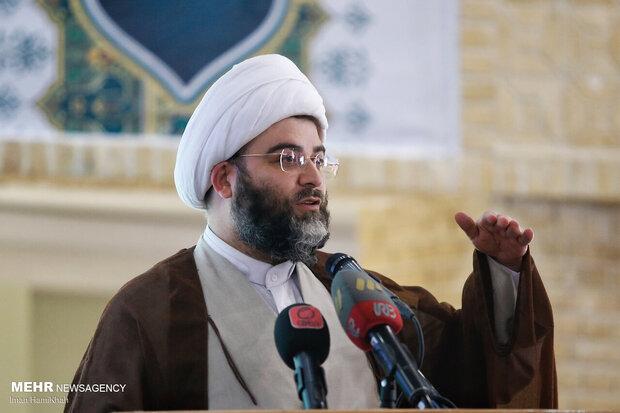 در افق آینده مساجد گام مهمی در پیشرفت کشور دارند
