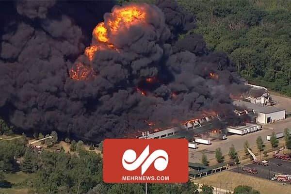 انفجار کارخانه مواد شیمیایی در آمریکا